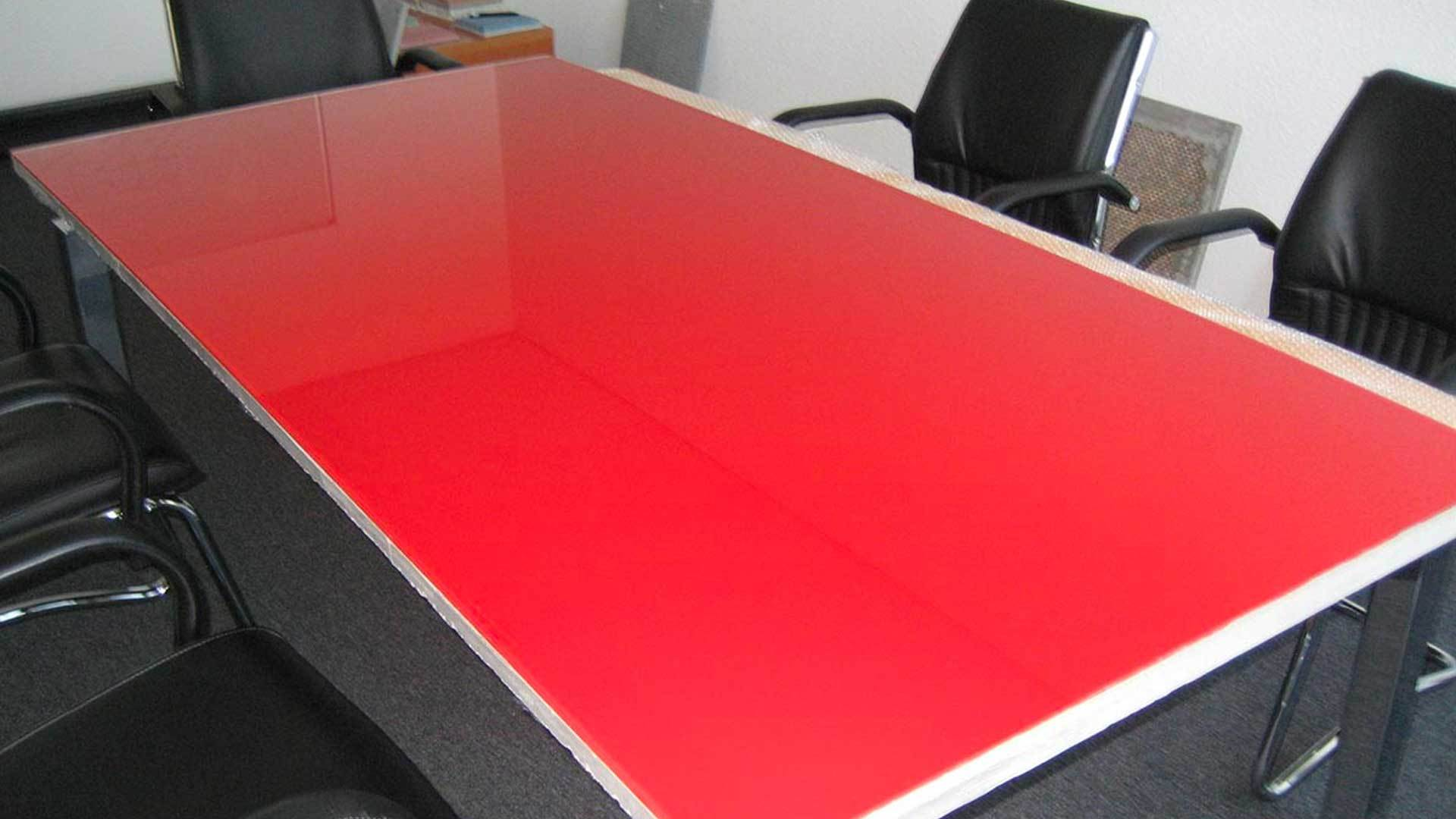 Table top with DucoGlass